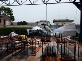 Una tensostruttura nell'oratorio di Castel covati - foto inviata da un lettore