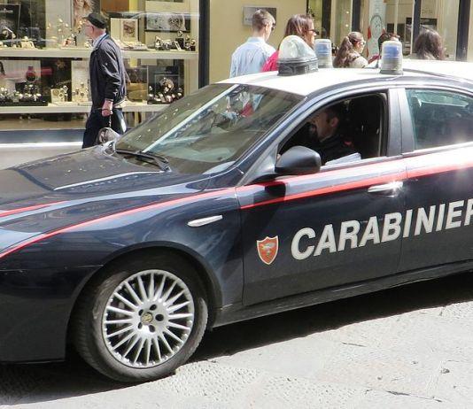 Carabinieri, foto generica, Dickelbers, CC BY-SA 4.0 , via Wikimedia Commons-