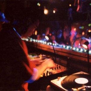 DJ_4a