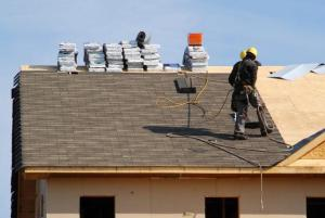 picture of brightside restoration staff doing a roofing job near wadsworth