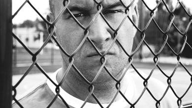 Photo of BU z tytułowym numerem z nadchodzącej płyty