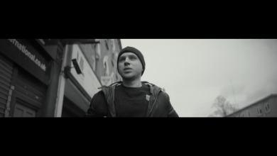 Photo of Wuzet – Podstawiają nogę (prod. eRAeFI) VIDEO