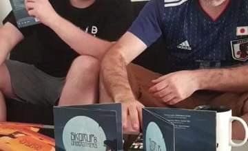 Photo of Skorup i 1/2 duetu JazBrothers podpisali…