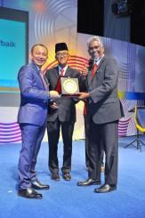 PKG Jalan Meru kategori Pembestarian Sekolah Terbaik