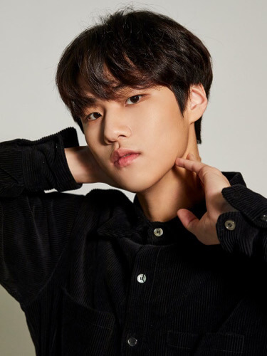 WOW (ワウ) クォン・テウン (Kwon Taeeun)