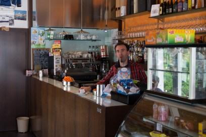 Frik Cafe', Premana