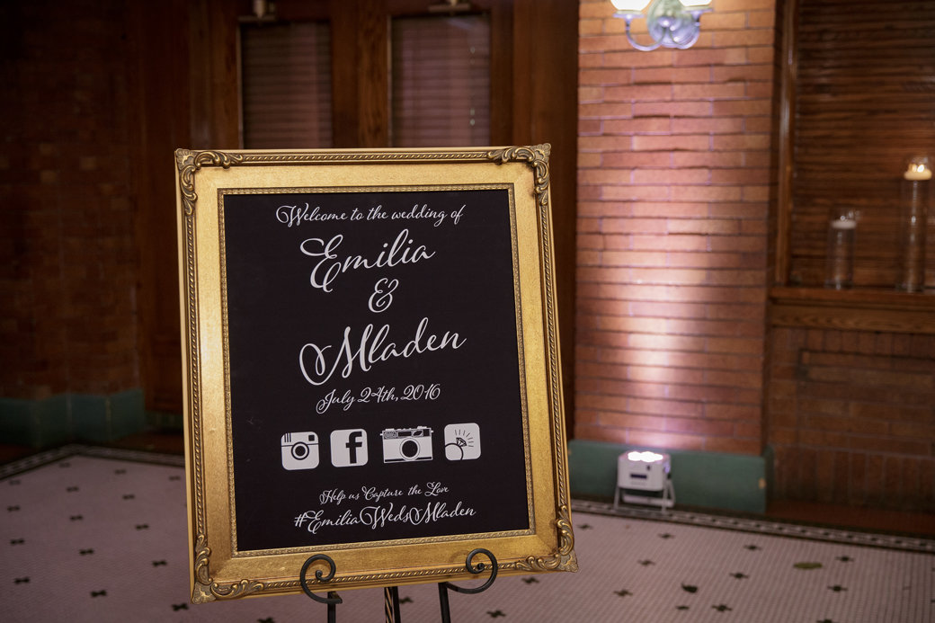 Wedding Sign   Cafe Brauer   Chicago Wedding   Bubbly Moments