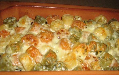 Retete Culinare - Paste tricolore cu branza