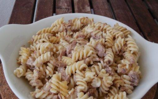 Retete Culinare - Paste cu ton la cuptor