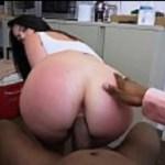Morena cavala fazendo sexo com negão pauzudo