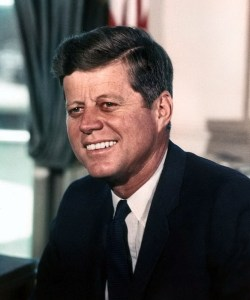 John_F._Kennedy,_White_House_color_photo_portrait