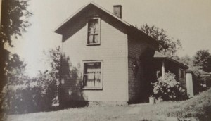 "Earlier photo of the Spring Street home where the Anderson family lived. Photo from ""Sherwood Anderson's Memoirs"" edited by Ray Lewis White. Original from the Newberry Library."
