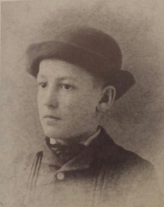 Sherwood Anderson as a young boy. The lessons he learned on the streets of Clyde, Ohio would stay with him all his days.