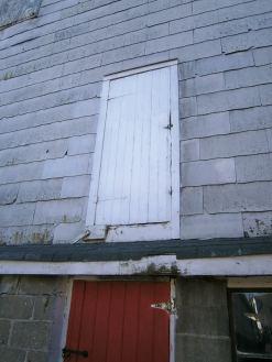 Fulper Farm barn door