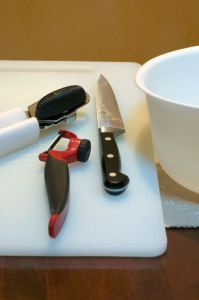 knive can opener cutting board