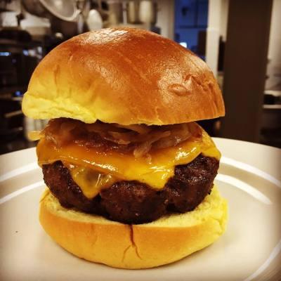 Burgers, Pineville Tavern