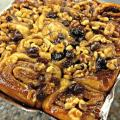 Cinnamon Buns raisin with walnuts
