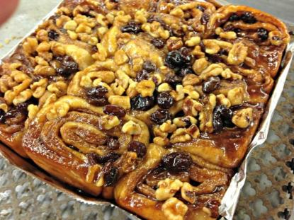 Cinnamon Buns raisin with walnuts; photo credit Lynne Goldman