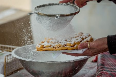 Funnel Cake by Pixabay