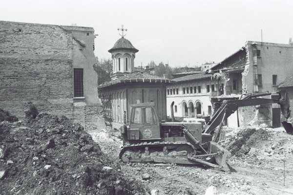 Partial demolition of the Nuns' Convent