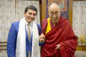 Juan Ruiz Naupari with His Holiness the 14th Dalai Lama Tsonghkapa2019