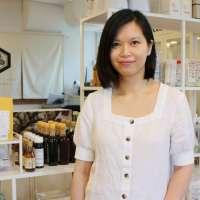 【Green Your Month】她與日籍丈夫用心經營素食小店,自利利他引入罕有日本天然純素食材:希望大家吃出食物原味道,藉素食與大自然連結起來!