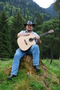 2016-Buddy-Guitar-Kremona-M20E-WildsOfGarmisch-09