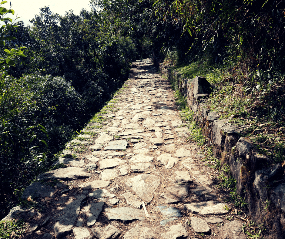 the trail to the Sun Gate