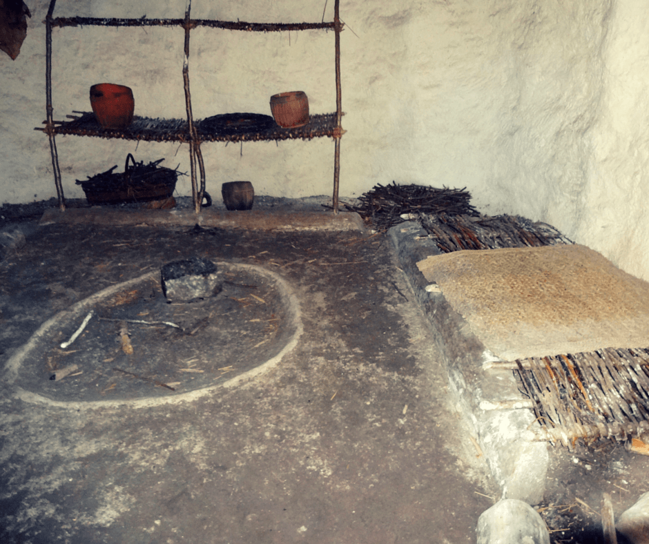 Inside a Neolithic house in Stonehenge