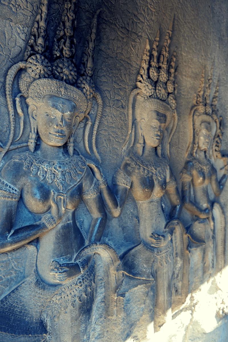 Angkor Wat asparas