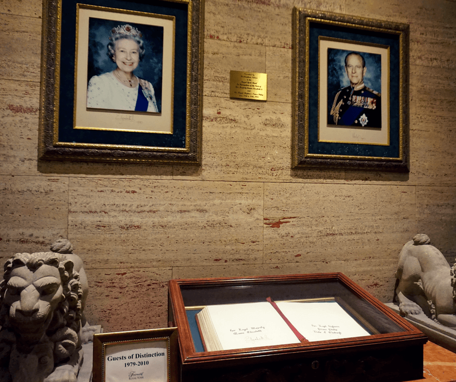Photo of the queen inside the Fairmont Royal York Hotel