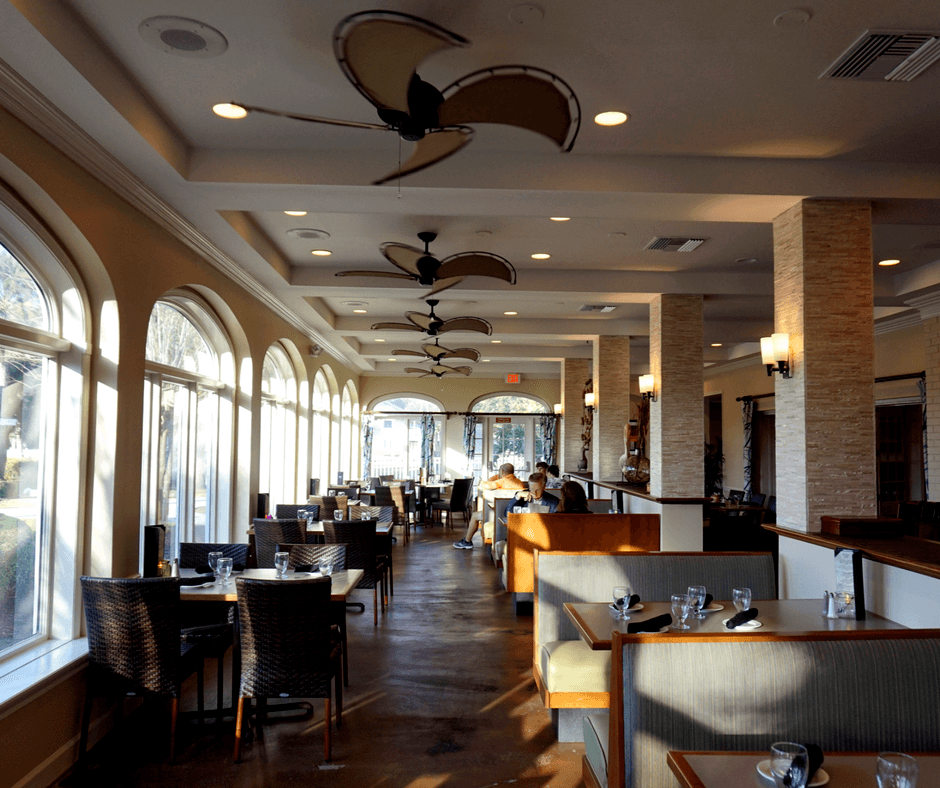 inside of West 82º Bar & Grill