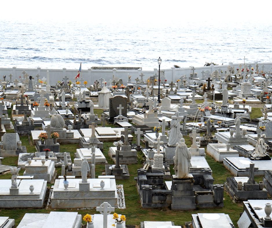 Santa María Magdalena de Pazzis Cemetery
