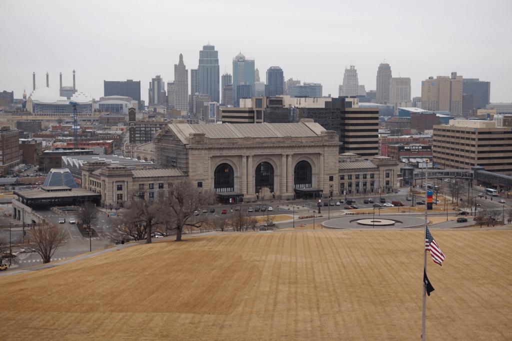 Views of Union Station and the Kansas City skyline