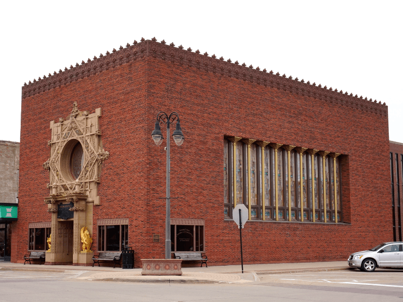 Merchants National Bank in Grinnell, Iowa