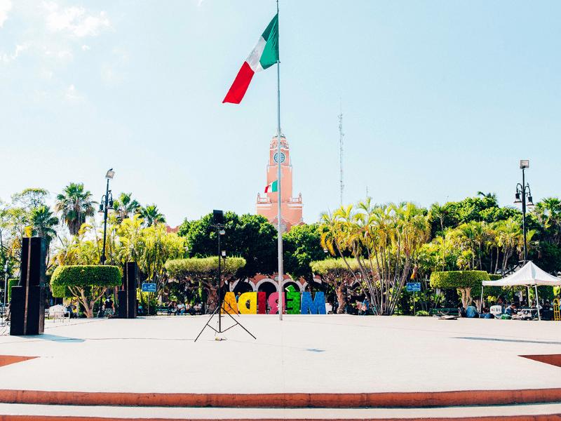 Merida's Central Plaza