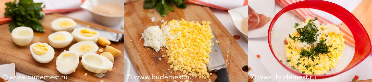 Разделите яйца на половинки, выньте желтки и мелко нарежьте