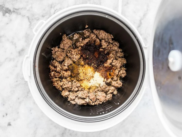 Add Spices to Browned Beef in Rice Cooker