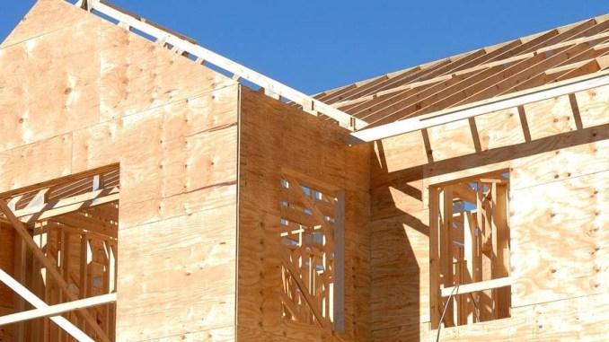 Drewno jako materiał do budowy ścian