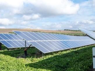 Odnawialne źródła energii są niewyczerpalne, a przy tym są w stanie dostarczyć ci tyle energii ile potrzebujesz, a nawet pozwolić ci na wyprodukowanie solidnej nadwyżki.