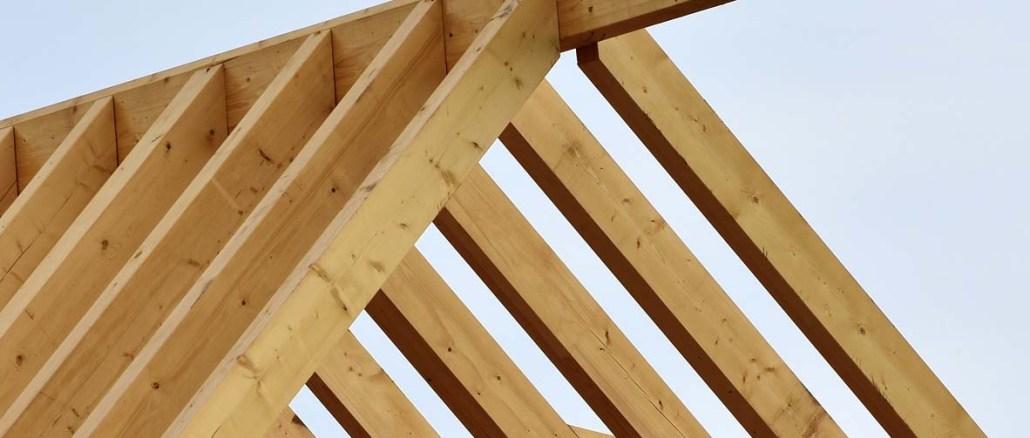 Zalety i wady naturalnych pokryć dachowych