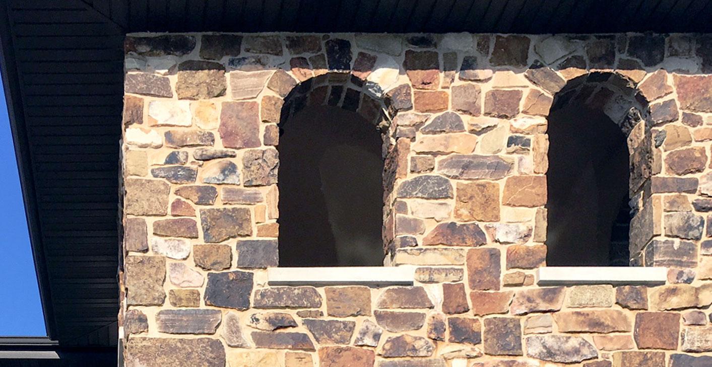 Modern Rustic Exterior Castle Field Ledge Stone Veneer