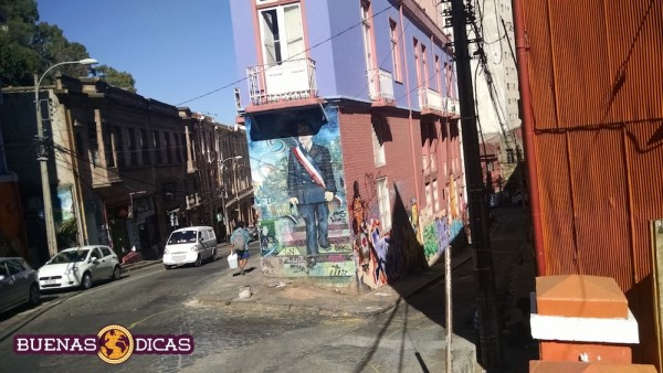 grafite hostel valparaiso chile