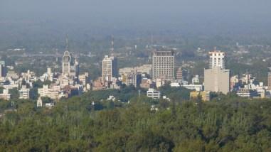 Mirante para o centro de Mendoza