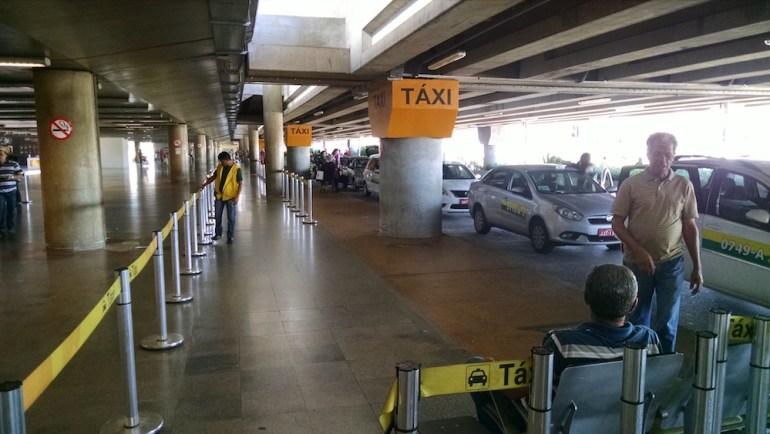 taxi aeroporto de brasilia
