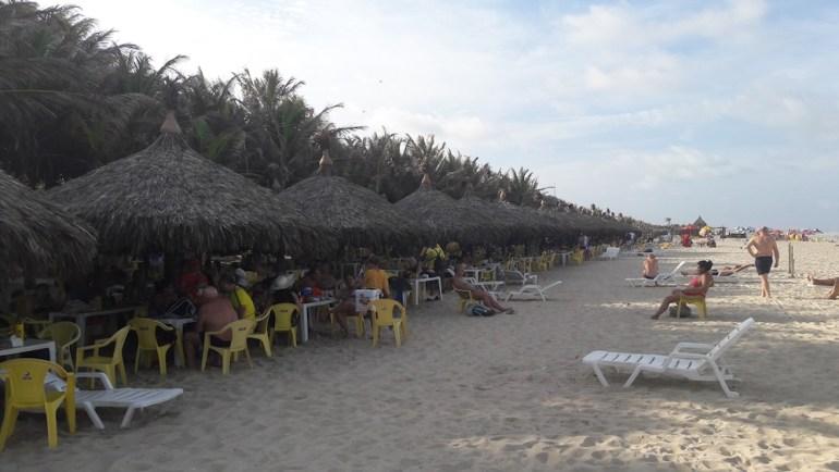 cadeiras praia do futuro crocobeach
