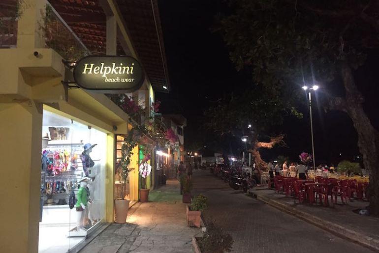 Rua dos restaurantes em Barreirinhas