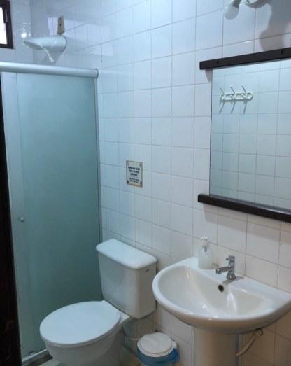 Banheiro do Praia do Forte Hostel