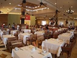 Mesas do restaurante Meu Rei