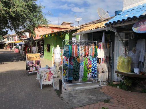Lojas na Alameda do Sol, Praia do Forte